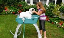 Durable, Lightweight & Portable! 360° Access and a U-Shaped Entrance Great for Indoor or Outdoor Use Rubber No-Slip Mat, Drain Hose, and Shampoo Cady Rubber Bumpers on legs keeps Booster Bath stationary Adjustable Restraint System with Quick Snap Collar